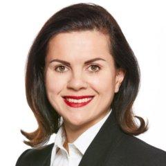 Mag. Nicole Schuster